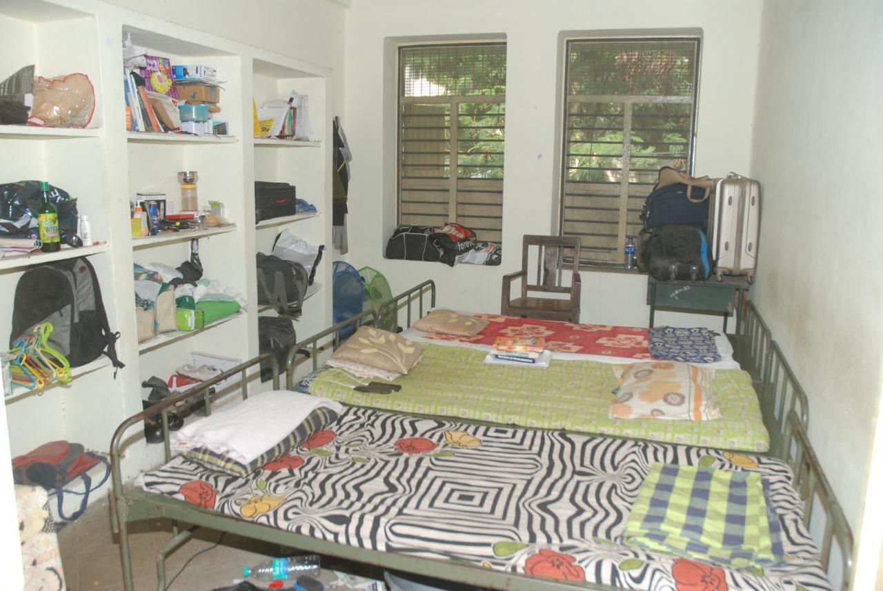 hostel-room-1